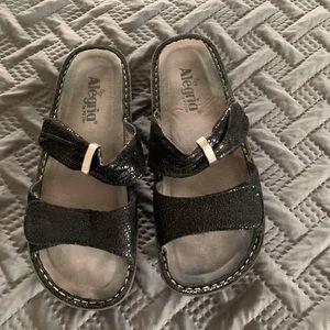 Black leather Alegrias. Size 8 1/2